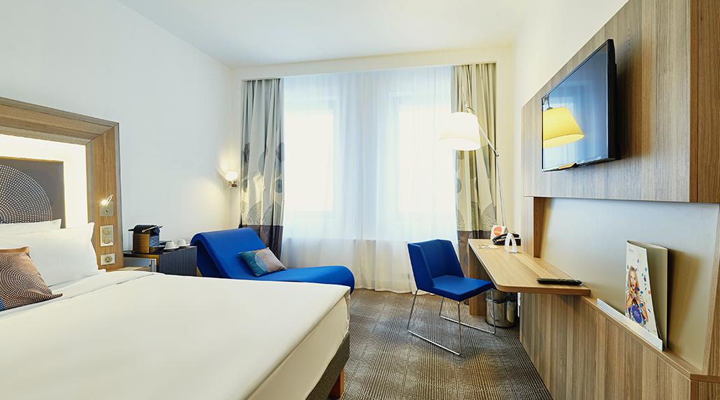 NOVOTEL HOTEL  6